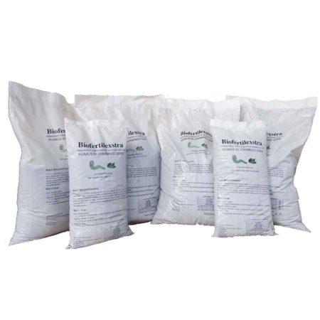 humus-di-lombrico-extrafine-sacchi-da-45lt-x-4-+-15lt-x2---Bionatur-